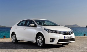 Toyota-Altis-2016-1-6674-1463555388