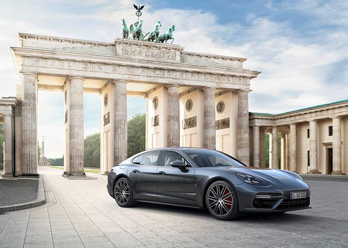 Porsche Panamera 2017 thế hệ mới chính thức ra mắt