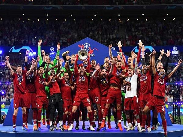 Đưa Mourinho - Ronaldo trở lại cuộc đua Ngoại hạng Anh