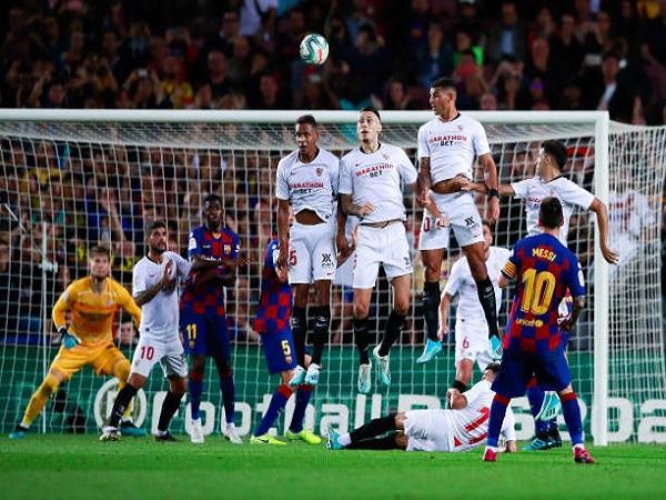 Barca hủy diệt Sevilla trong 'bữa tiệc' 4 bàn thắng