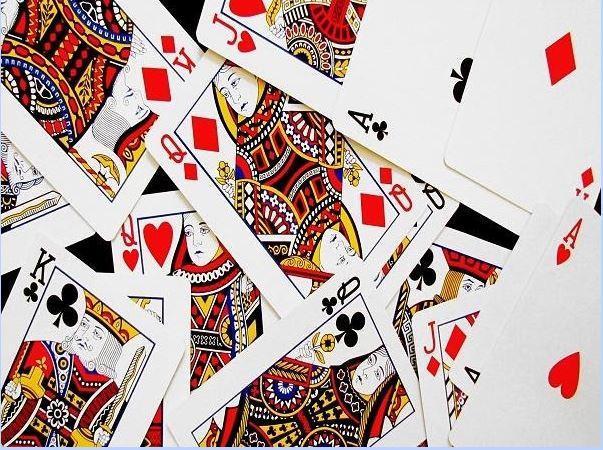 Đánh bài tiến lên miền Nam game dễ chơi dễ trúng thưởng dễ đổi thẻ