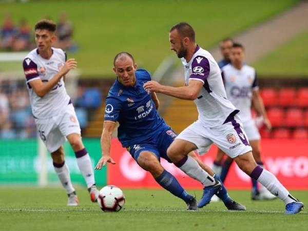 Soi kèo bóng đá Perth Glory vs Newcastle Jets, 16h05 ngày 13/4